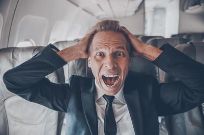 Strach przed lataniem (awiofobia) - jak sobie z nim radzić?