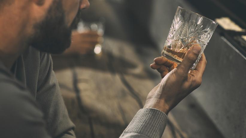 Leczenie alkoholizmu - jak powinno przebiegać?