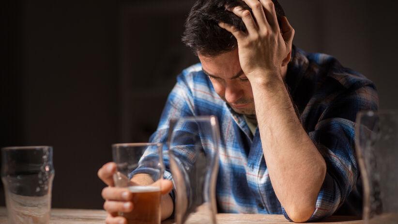 Kompulsywne picie alkoholu. Poznano obszar w w mózgu, który decyduje o uzależnieniu