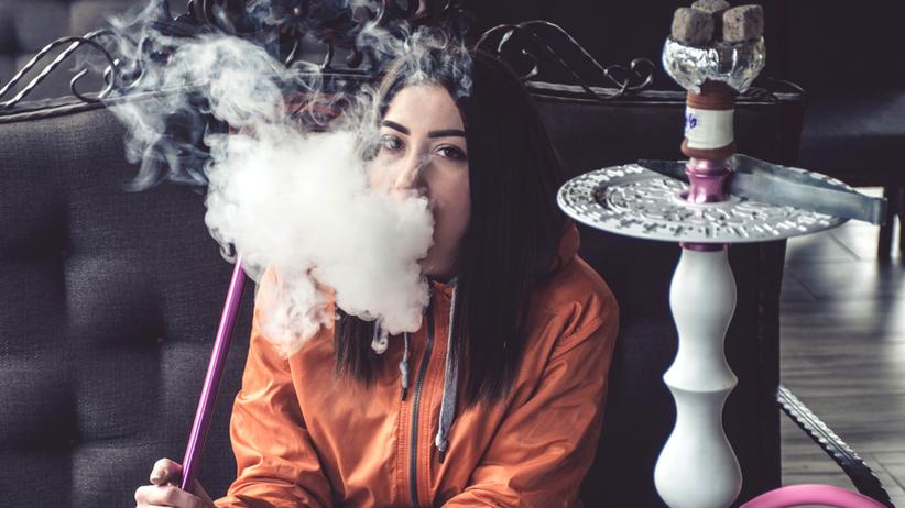 Niebezpieczne palenie fajki wodnej