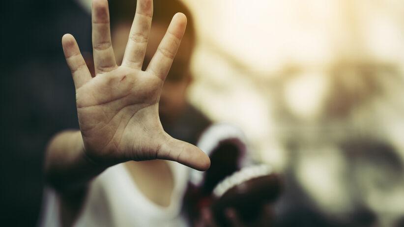 Przyczyny gniewu u dzieci. Agresywne dzieci to najczęściej dzieci krzywdzone