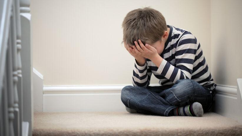 Problem  wyrażaniem emocji u dzieci.