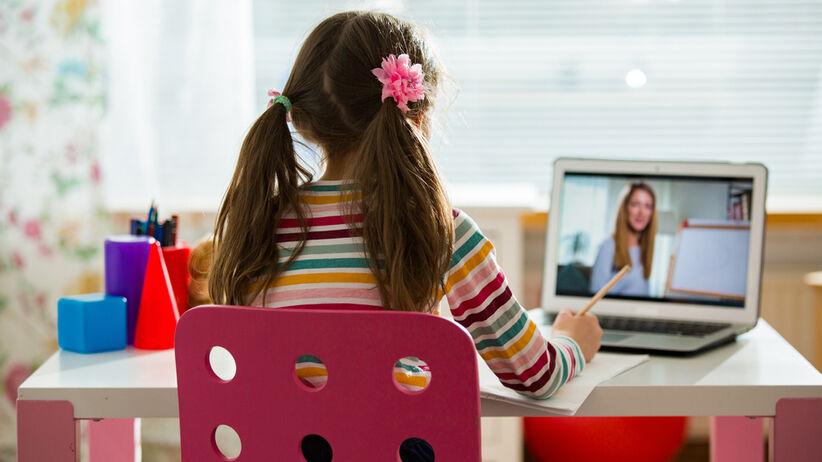 Polska szkoła nie zdała egzaminu ze zdalnej edukacji - #razemzawszelepiej
