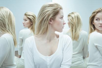 Schizofrenia paranoidalna: urojenia i halucynacje. Jak rozpoznać chorobę?
