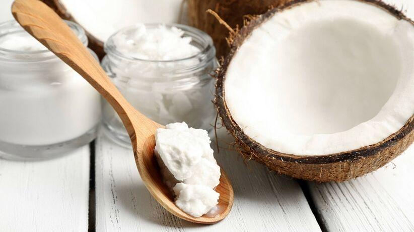Dlaczego powinniście zacząć używać oleju kokosowego w sypialni?