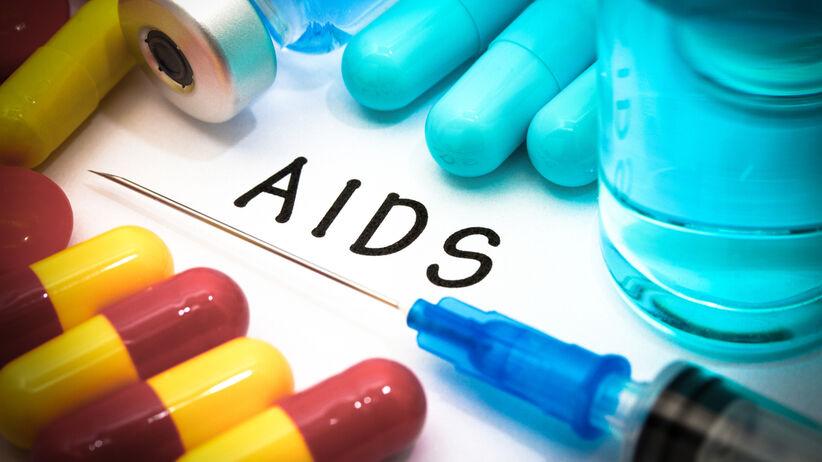 Od HIV do AIDS. Jak rozwija się zespół nabytego niedoboru odporności?