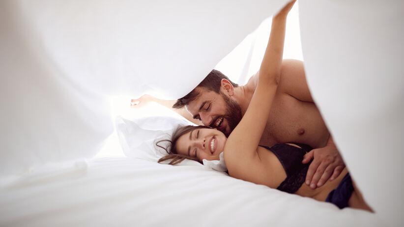 Koronawirus a seks: czy jest bezpieczny