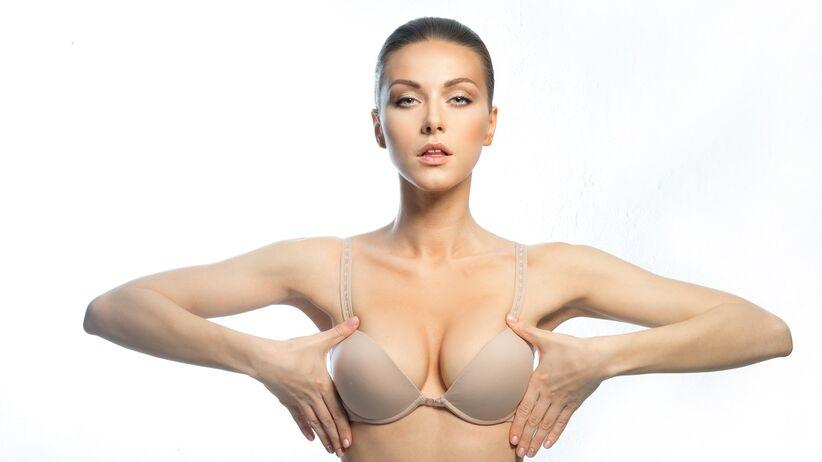 Operacja zmniejszenia piersi (redukcji piersi)