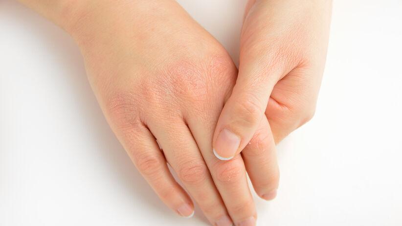 Parafina na dłonie: jak wykonać zabieg krok po kroku
