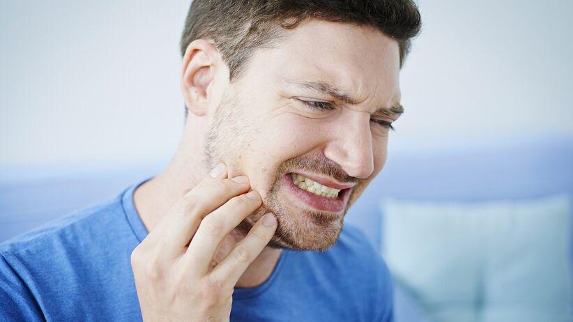 Przyczyny bruksizmu - zaciskania i zgrzytania zębami