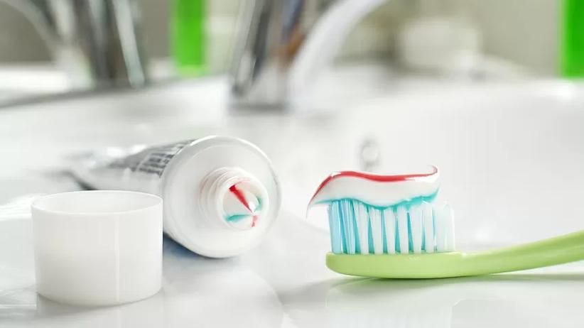 Szczoteczki do zębów mogą być źródłem zakażeń koronawirusem