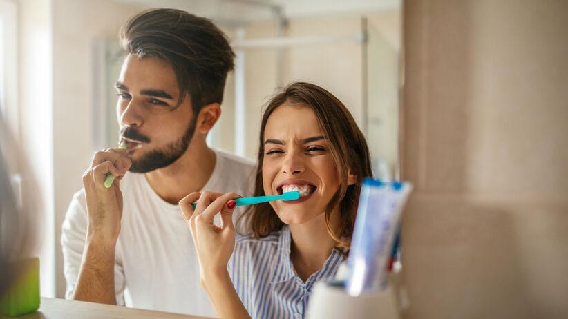 Mycie zębów może uszkadzać szkliwo