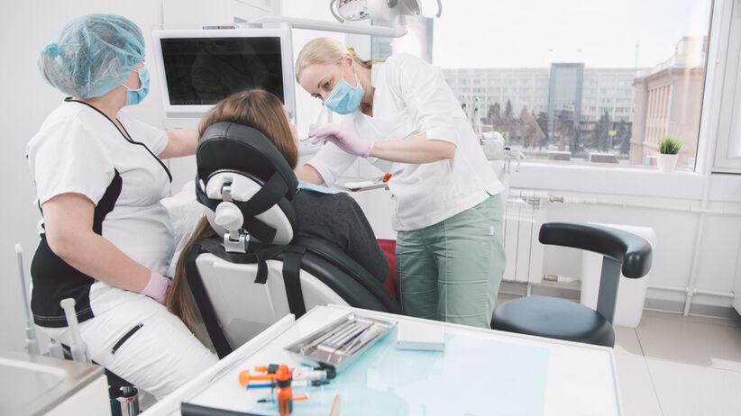 Uraz zęba - kiedy do dentysty?