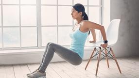 5 ćwiczeń na płaski brzuch. Nie musisz wstawać z krzesła (film)