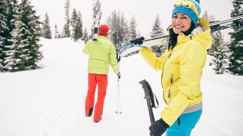 Jazda na nartach bez rozgrzewki może skutkować groźną kontuzją