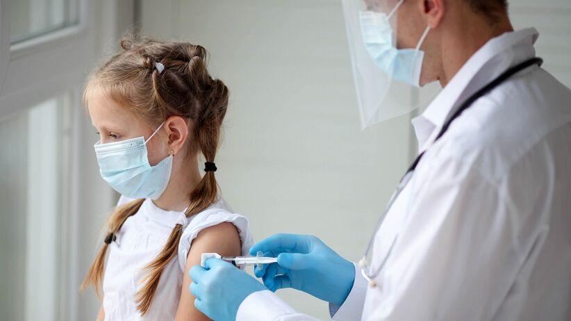 Szczepienia przeciwko COVID-19 u dzieci