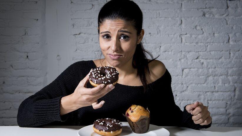 Odchudzanie: dlaczego tak trudno odstawić nam słodycze?