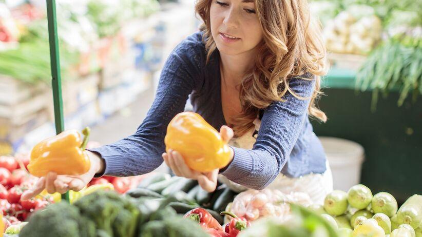 Szkodliwe części warzyw i owoców – lepiej ich nie jedz