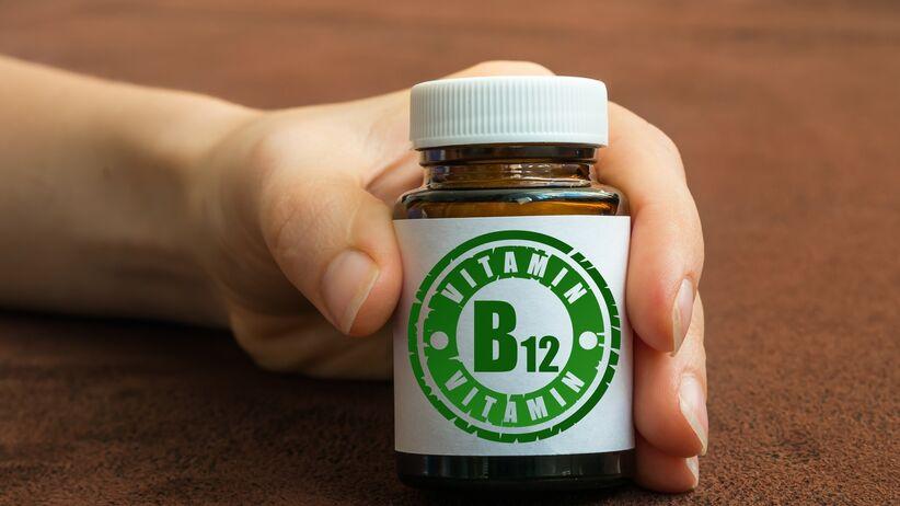 Weganie muszą suplementować witaminę B12