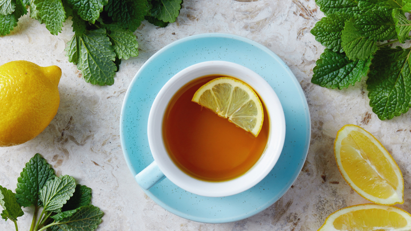 Herbata zawiera glin, a w połączeniu z cytryną cytrynian glinu