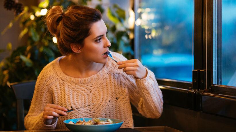 Czy można jeść kolacje po 18?