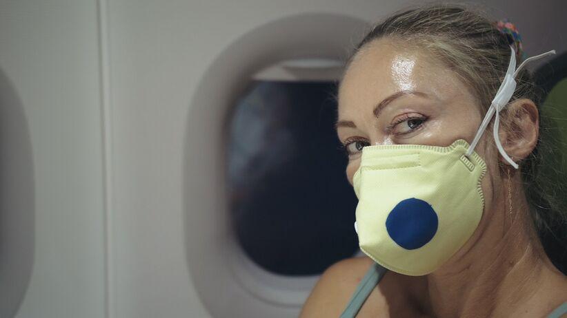 Kobieta superroznosiciel koronawirusa