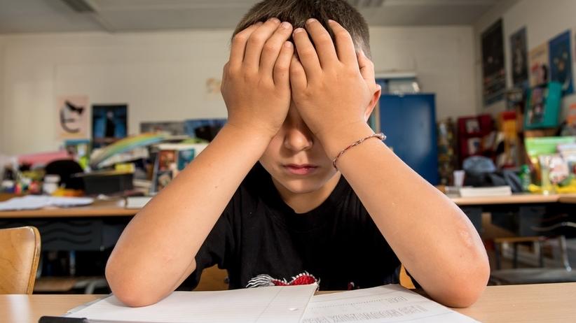 Chore dzieci nie będą mogły chodzić do szkoły? Kontrowersyjne zmiany MEN