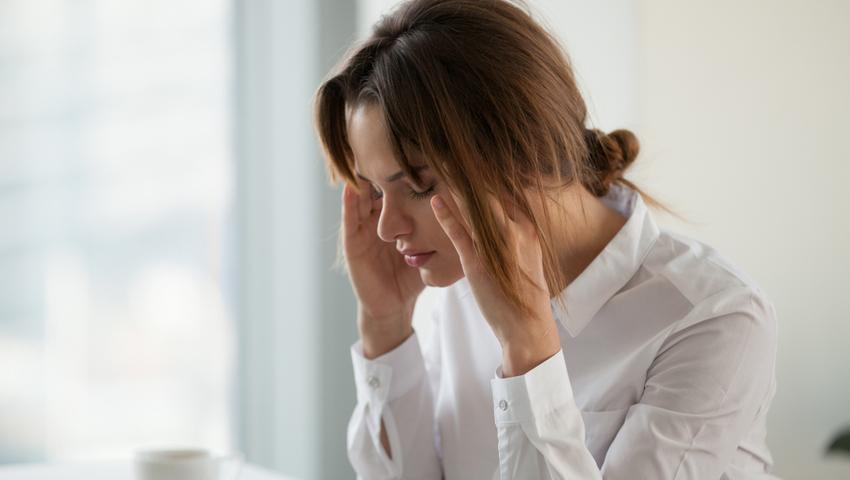 Hiperprolaktynemia, czyli nadmiar prolaktyny. Jak rozpoznać objawy?