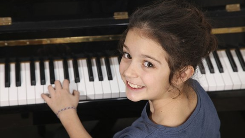 Naucz dziecko grać na pianinie! Będzie inteligentniejsze