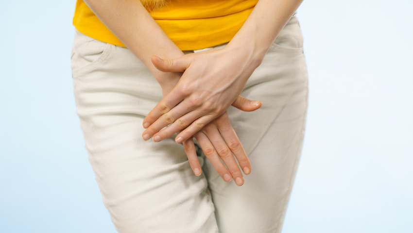 Grzybica pochwy i sromu to wyjątkowo przykre schorzenie. Powoduje ból i pieczenie pochwy podczas stosunku oraz serowate upławy.