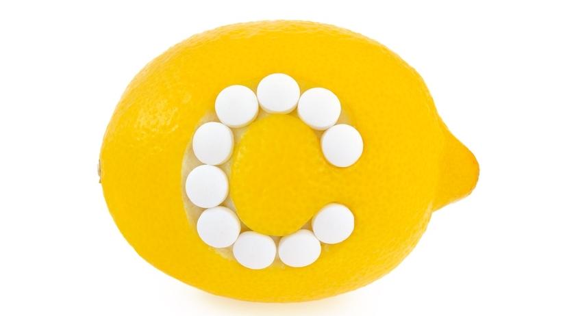 Witamina C: najlepsze naturalne źródła. W jakich owocach i warzywach występuje wit. C?