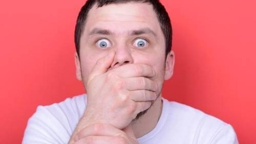 Jakie są przyczyny halitozy, czyli brzydkiego oddechu?