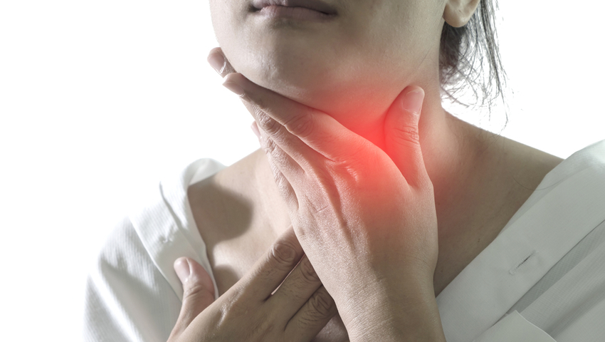 Zapalenie gardła: wirusowe czy bakteryjne? Objawy i leczenie