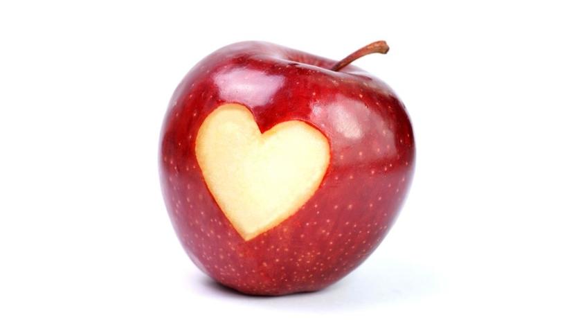 Jabłka działają jak statyny. Czy warto zamienić leki na... owoce?
