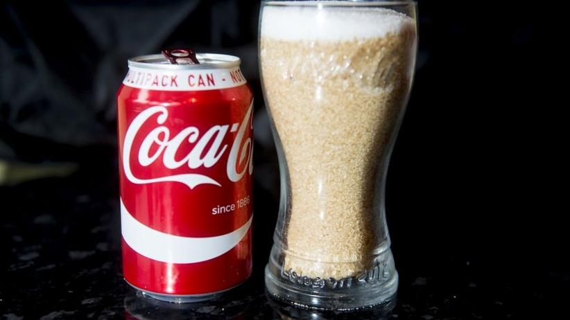 Ile powinien wynosić podatek od słodkich napojów gazowanych? WHO: 20%!