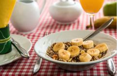 4. Nie zapominaj o śniadaniu!