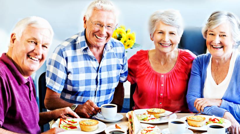 Obiady dla seniorów za 5 zł? Nowy pomysł na pomoc polskim emerytom