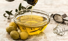 Oleaceina - cudowny składnik oliwy z oliwek. Polacy odkryli go na nowo!