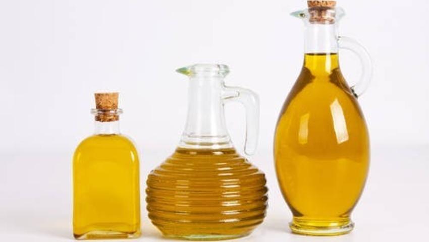 Ssanie oleju (płukanie ust olejem) oczyszcza jamę ustną