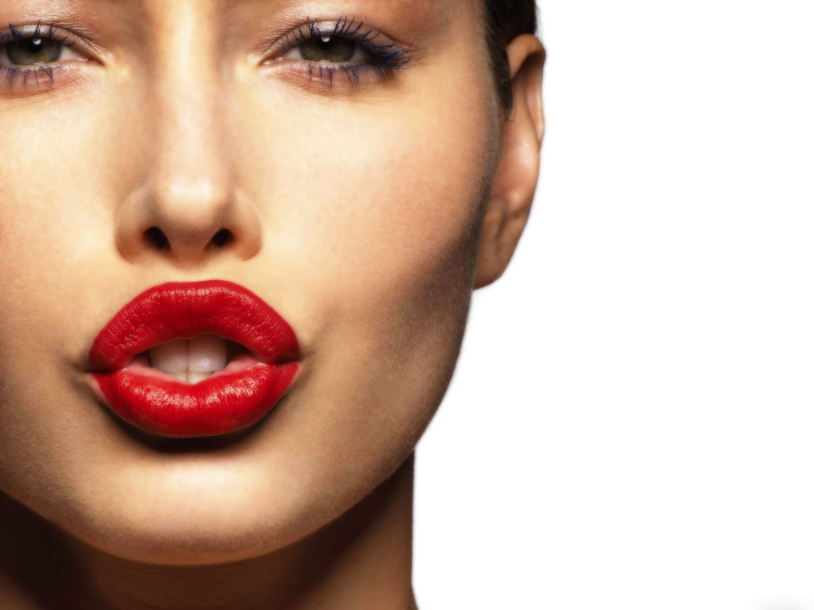 angelina lipes kissing hd wallpaper