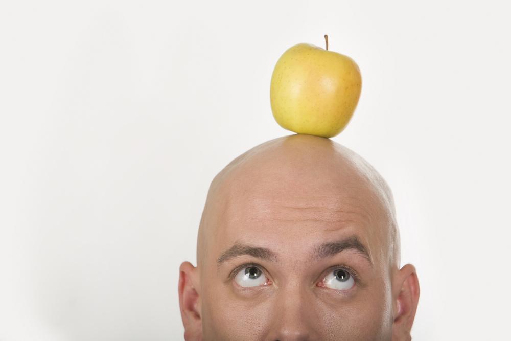 łysy jabłko
