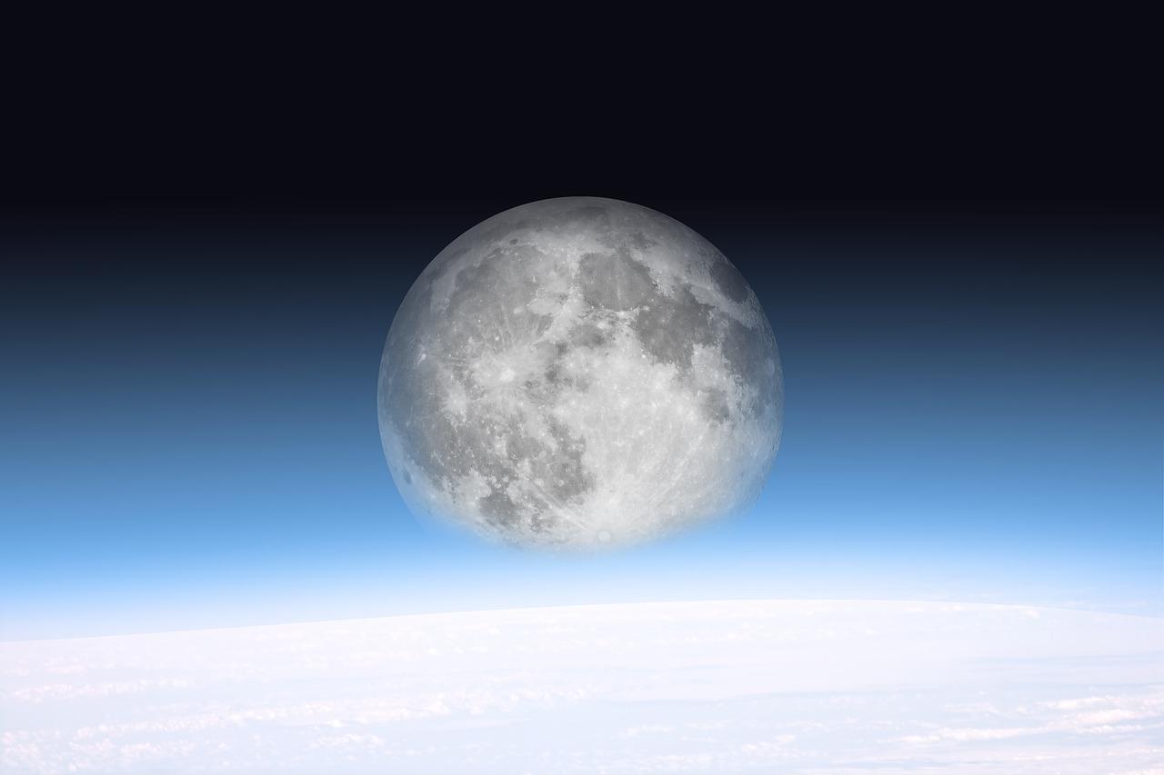 moon-2175167_1280