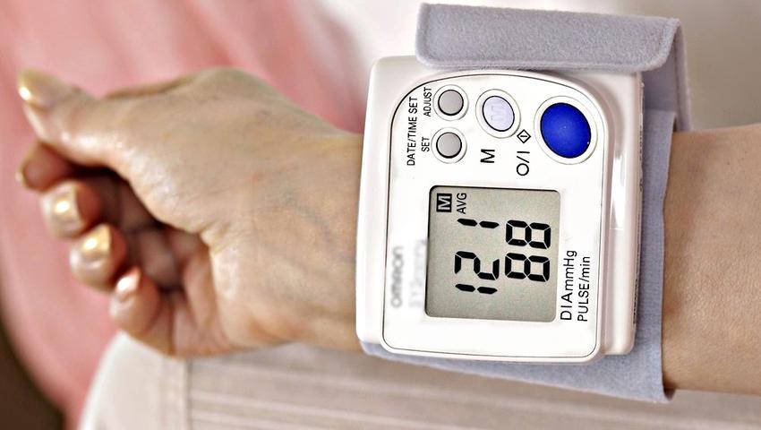 70 proc. domowych ciśnieniomierzy podaje nieprawidłowe wyniki