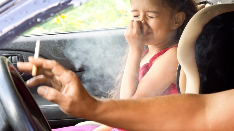 Palenie papierosów vs bierne palenie