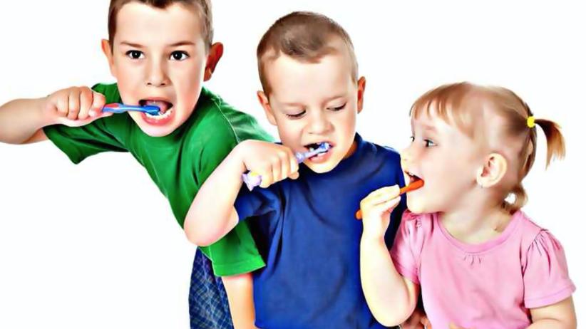Dentobusy już w kwietniu ruszą do szkół
