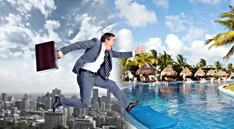Połowa Polaków nie wykorzystuje całego urlopu! Ile powinny trwać idealne wakacje?