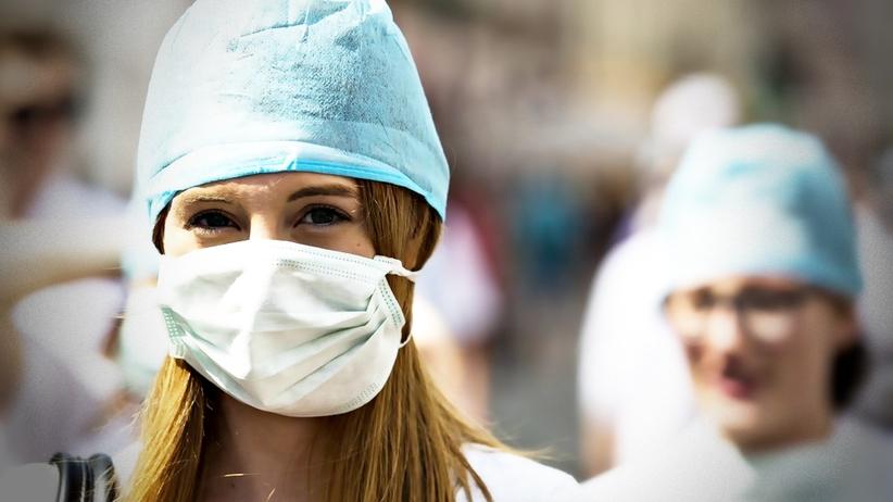 Młodzi lekarze będą musieli odpracowywać studia medyczne w Polsce?