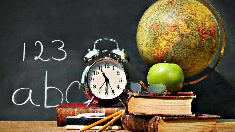 O której godzinie najzdrowiej zaczynać lekcje? Nowe odkrycie neurologów