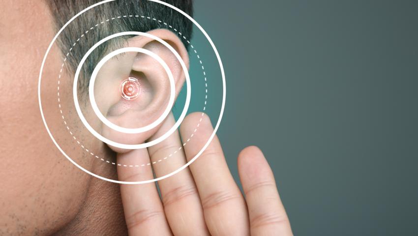 Pająk w uchu, pajęczyna w uchu, Chiny, 60-latek, laryngolog, uszy, słuch