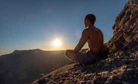 Medytując można niejako wyłączyć swoje ciało